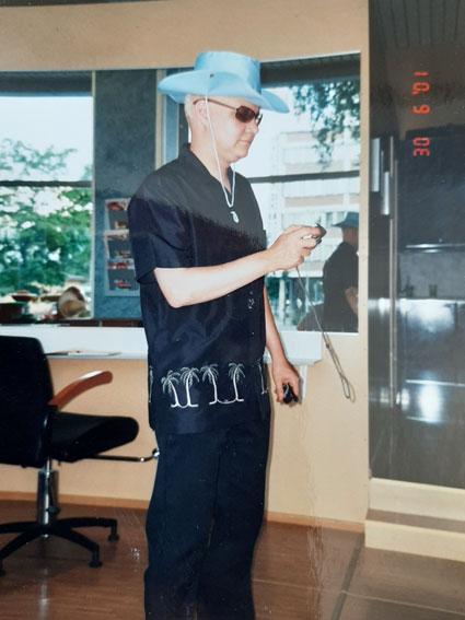 Studio Aki Korpisen 1-vuotisjuhlat vuonna 2001