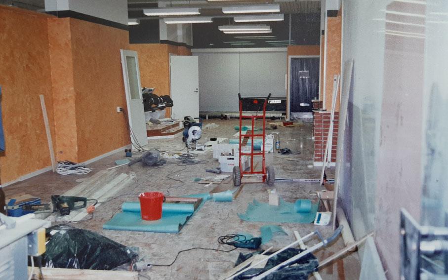 Studio Aki Korpisen ensimmäisen liikkeen remontti Hannikaisenkadulla