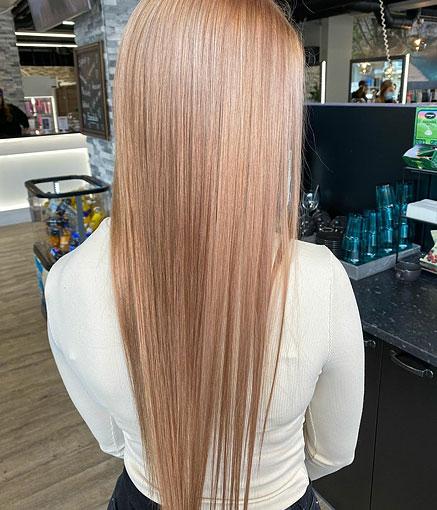 Extra pitkiin hiuksiin uusi väri