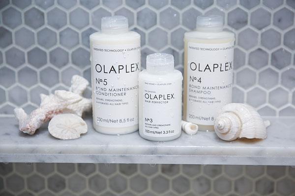 Olaplex kotihoitotuotteet rakennepaikkaavat hiusta