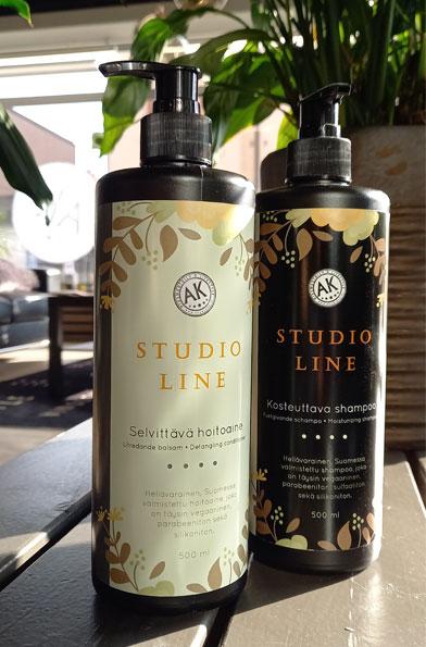 Studio Line -shampoo ja -hoitoaine ovat Studio AK:n itse toteuttamia.